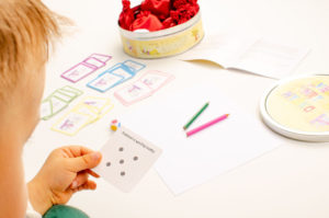 Vesele hry s myskou prekresli bodky